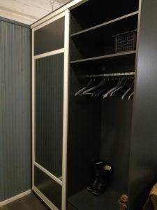 En dubbelsidig garderob