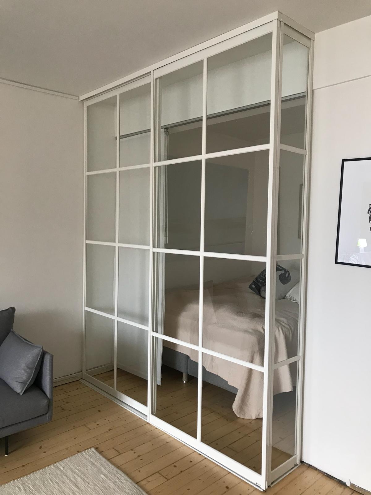Rumsavdelare i glas
